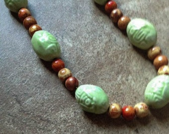 Ceramic and wood necklace