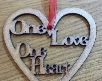 Heart wall plaque