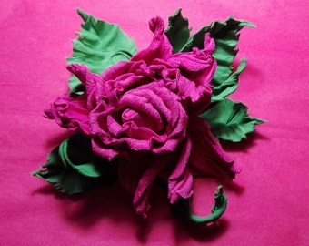 "Brooch ""ROSE"" leather"