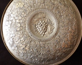 Collectible Guildcraft New York Grapevine Tin