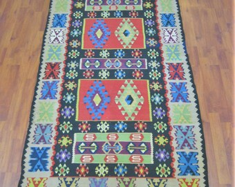 Handwoven  Kilim Wool Rug Carpet Vintage Turkish  81x41 inch  206x104 cm