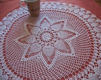 white cotton round pineapple pattern doily