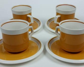 Set of 4 Vintage Mikasa Light N Lively D5250 Coffee Tea Cups & Saucers