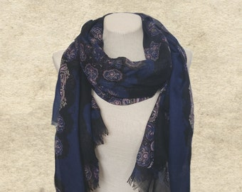Blue bohemian scarf, Womens paisley scarf, Trendy scarf women, Autumn women's scarf, Winter scarf lady, Bohemian clothing, Scarves for women