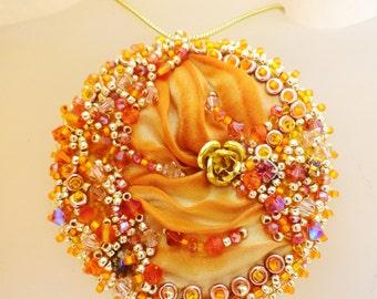 Tutorial step by step the shibori pendant