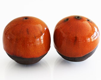 Ceramic Rounded Salt and Pepper shakers