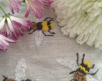 Hand Embroidered Bees zipper pouch, Embroidered Bees coin purse,  eco -friendly Bee cosmetic bag, Hand embroidered  bee travel pouch,