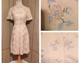 Vintage 60's embroidered button up dress