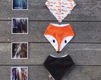 Fox 3 piece set of bandana dribble bibs
