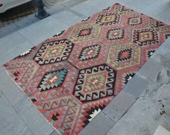 Kilim rugs 4x5 etsy for Living room 4x5
