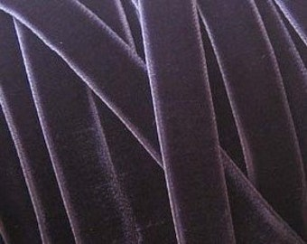 Deep Plum Velvet Ribbon     (02-##-S-032)