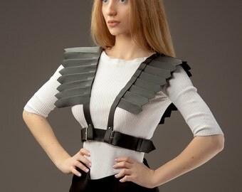 Shoulder harness with underbust belt Harness wings Leather wings Black leather wings Black leather accessory Shoulder pads Shoulder pieces