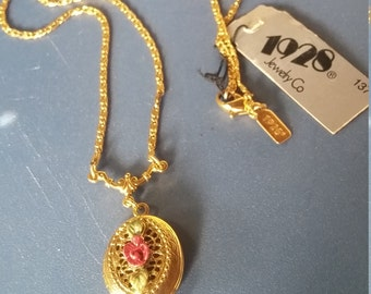 1928 jewelry Rose locket Necklace