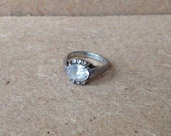 "Unique Danish CZ ""Sideways"" Ring Sz 6.5"