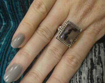 Stunning Sterling Silver Montana Moss Agate Ring