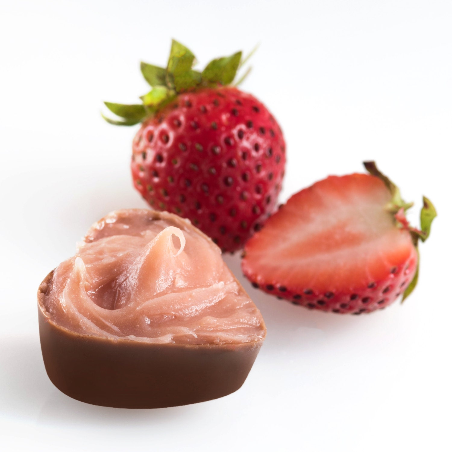 strawberry chocolate essays This chocolate strawberry cheesecake is a wonderful dessert for a special occasion or for that special someone.