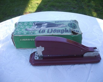 French Vintage Red Stapler. La Dauphine - Paris