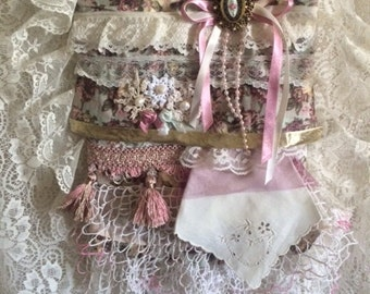 Floral shoulder bag, ruffles and lace, doilies, ribbon, pearls, mauve, pink