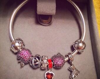 Red Santa sliver bracelet