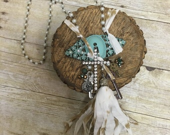 Greenish turquoise door plate necklace