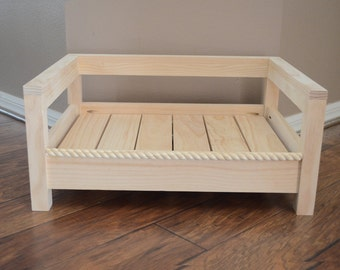 Handmade Wood Pet Bed (Dog Bed, Cat Bed)