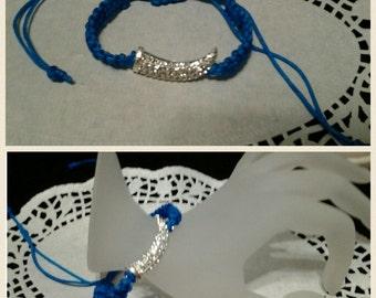 Macrame bracelet with with rhinestone charm