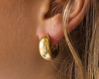 Jewellery | Vermeil cashew earrings - traditional hoop design | Gold hoop earring | Everyday earring | Occassion earring