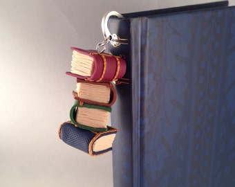 Bookmark with books stacked in fimo-Bookmark with polimery clay books charms