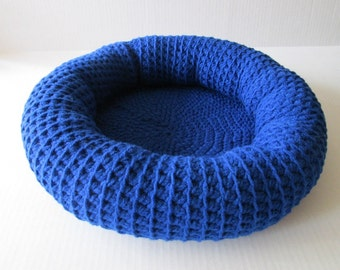 Crochet Cat Bed/Small Dog Bed