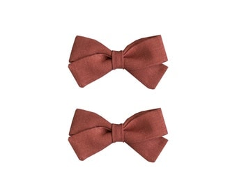 Classic Bow Pigtail Set in Rust Red Linen