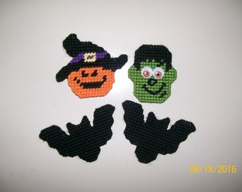 Plastic Canvas Halloween Magnets