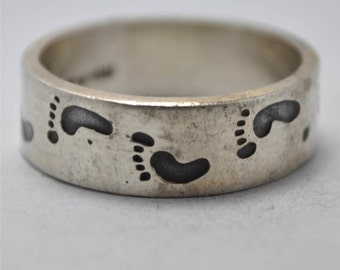 T14C03 Vintage Modern Sgnd Taxco Barefoot Footprint 925 Sterling Silver Ring Sz 12.5