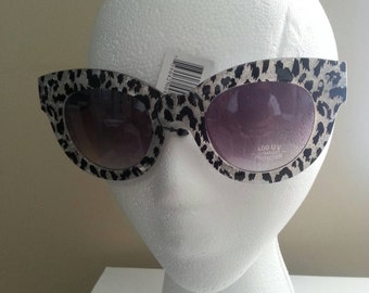 Vintage UV Protected Cateye Sunglasses