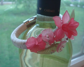 Pink lucite flower bracelet