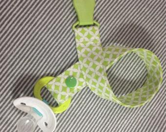Green Diamond Pacifier Leash