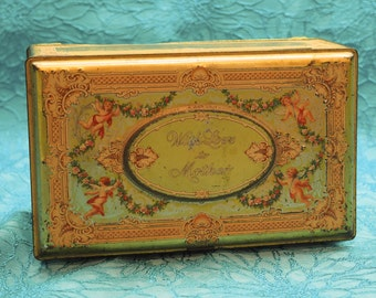 Vintage chocolates tin - Jewelry box style