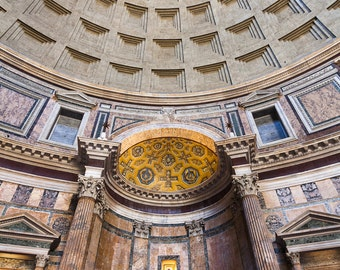 Pantheon altar and roof
