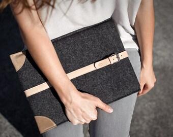 "MacBook Pro 13""/ 15"" Retina Sleeve (2015 model) - Italian Leather and Merino Wool Felt, Grey / Natural"