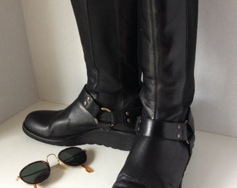 Boots, Donald J. Pliner, size 7.5, Italian, black leather