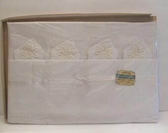Vintage Amrose Tablecloth & Napkin Set - Still Sealed