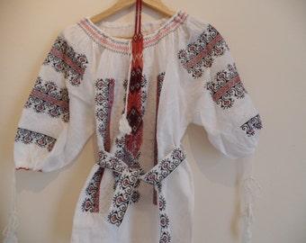 Transylvanian bohemian Vintage embroidered peasant blouse universal size