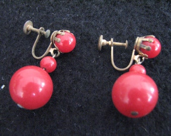 Another pair of vintage red dangle screw back earrings