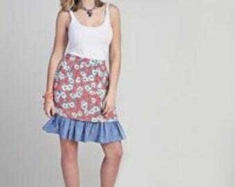 Fun flower skirt with denim ruffle