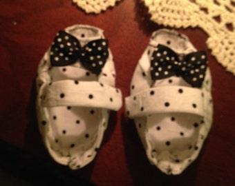 Baby Booties 'Peep Toe'