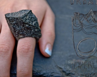 Black Cloud Stone Ring