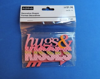 Painted wooden accent - Hugs and Kisses - 2 pieces