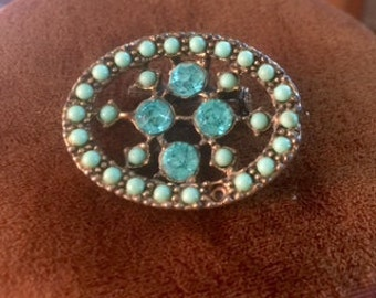 beautiful vintage 1940s blue rhinestone and turquoise bead brooch pin