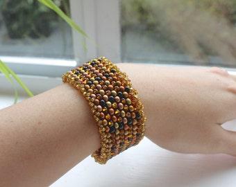 Sparkling Gold Bracelet