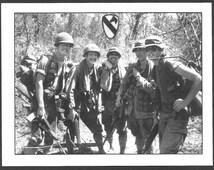 Vietnam War US Army 1st CAVALRY DIVISION 5 Soldiers Infantry Squad M16 Rifles M60 Machinegun Jungle Photo Postcard