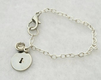 Initial bracelet with jewel